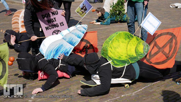 Extinction Rebellion Klimaat-Slak Race op het Plein